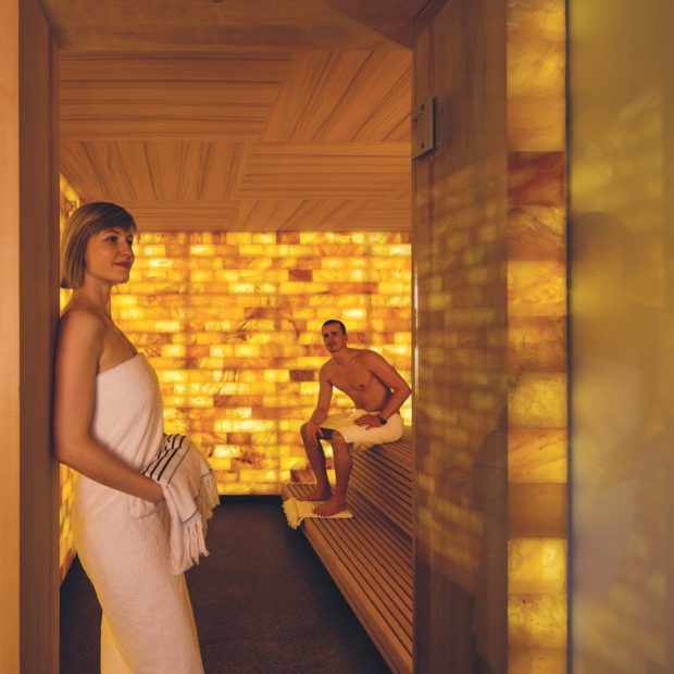 Himalayasalz Sauna Pärchen Seehotel Wilerbad